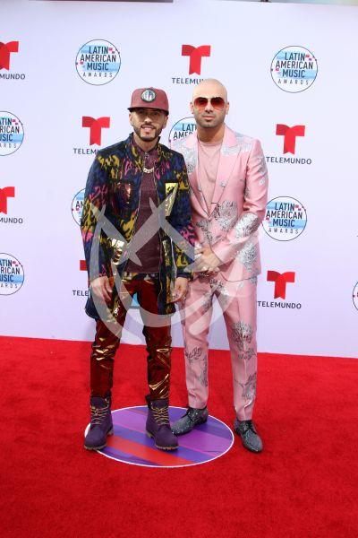 Wisin y Yandel en los Latin AMAs