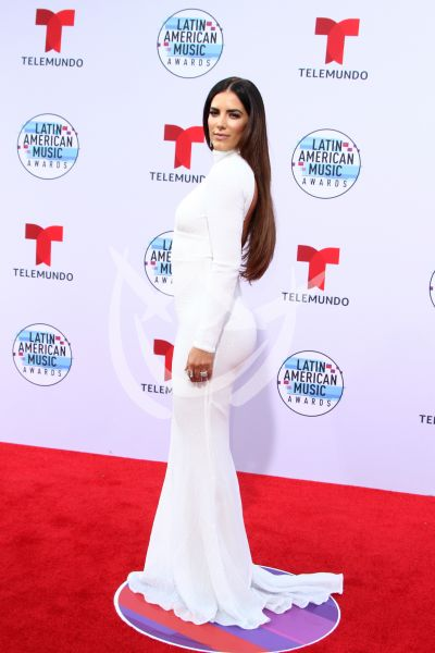 Gaby Espino en los Latin AMAs