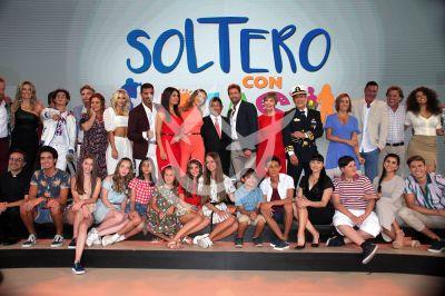 Soltero Con Hijas, elenco