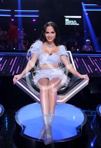 Natti Natasha en Reina de la Canción semifinal