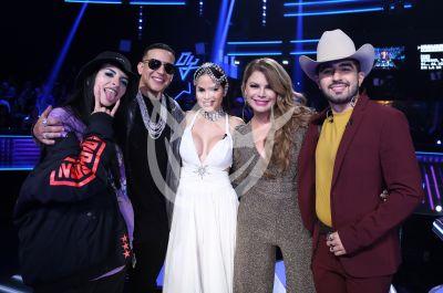 Cazzu con los Jueces y más Reina de la Canción