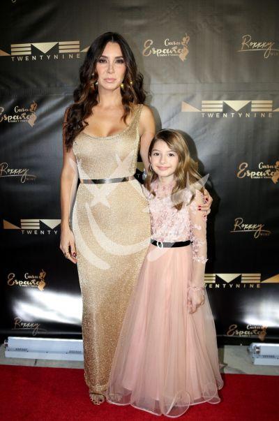 Elizabeth Gutiérrez e hija Kailey