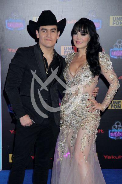 Maribel Guardia y Julián Figueroa en los Premios Bandamax