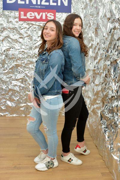 Mia y Nina Rubín a la moda para el 2020