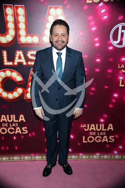 Juan Torres de a mil en La Jaula De Las Locas