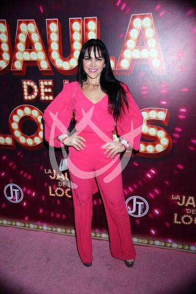 Sandra Montoya de a mil en La Jaula De Las Locas