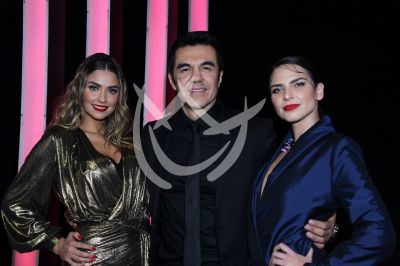 Adrián, Claudia y Estefanía en Como Tú No Hay 2