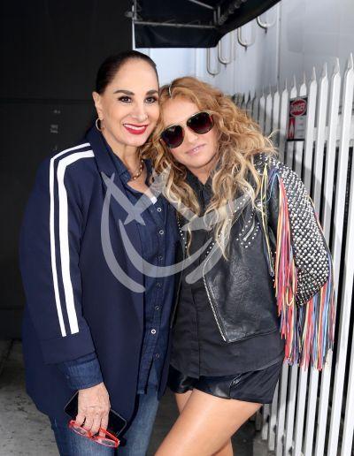 Paulina Rubio y mamá Susana Dosamantes