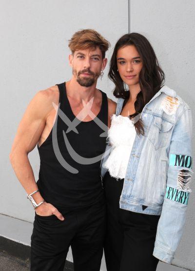 Adrián Lastra y novia en MQB All Stars
