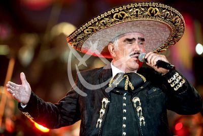 Vicente Fernández dice adiós