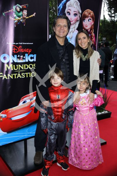 Ariel López Padilla en Disney On Ice