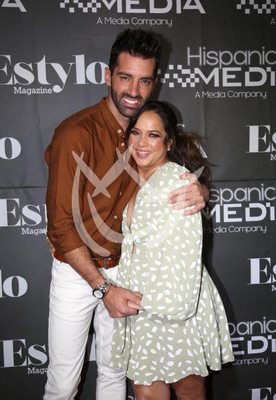 Adamari López y Toni Costa con Estylo