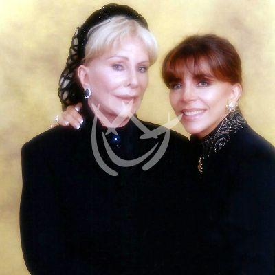 Verónica Castro y mamá Doña Socorro 2016