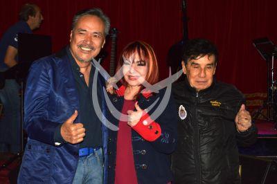 Yoshio, Arianna y Gualberto Castro
