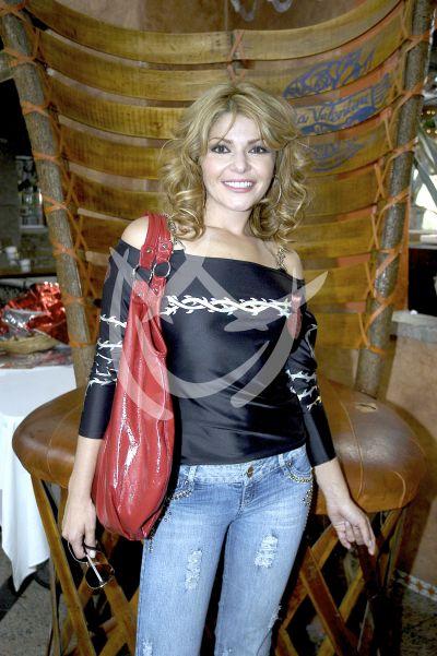 Itatí Cantoral 2009