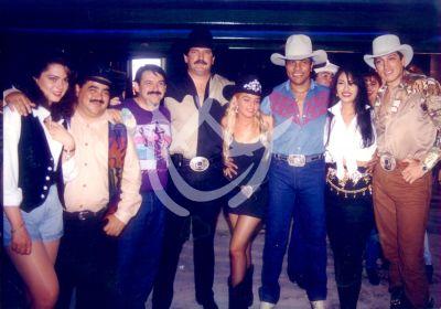 Itatí Cantoral con Selena y Bronco