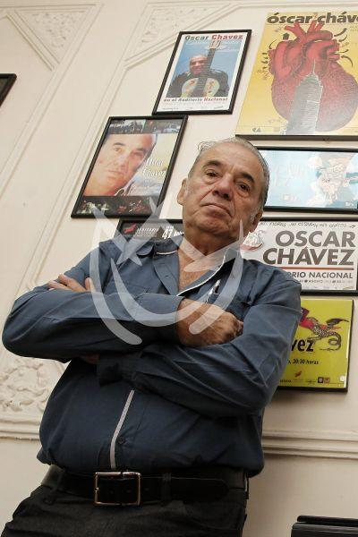 Muere Oscar Chávez a los 85 años