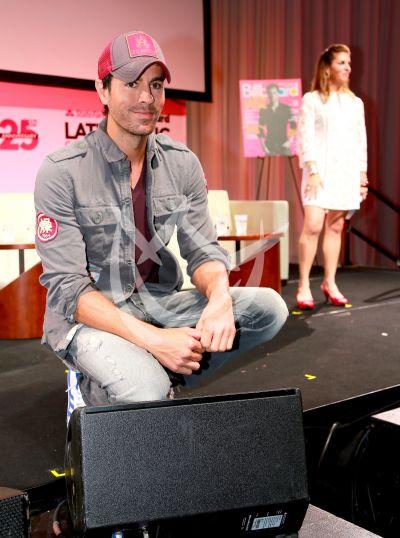 Enrique Iglesias con Billboard