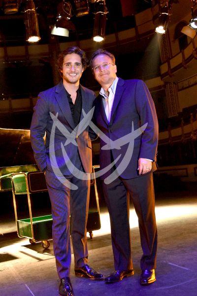 Diego Boneta y papá
