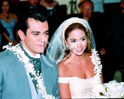 Jorge Salinas y Lucero 2000