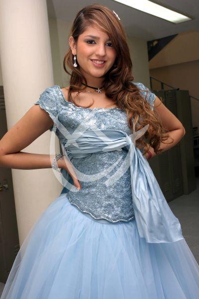 TBT Eiza González es Lola