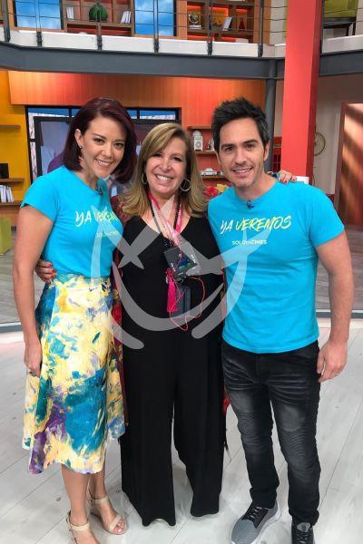 Magda Rodíguez con Fernanda y Mauricio