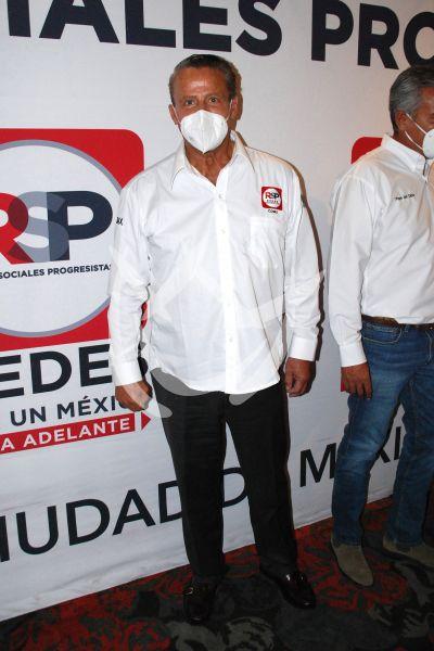 Alfredo Adame a la política