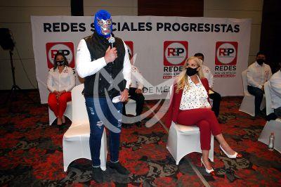 Malillany Marin y Blue Demon Jr a la política