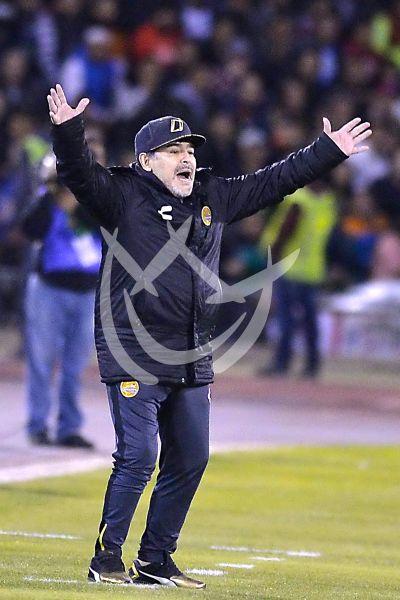 Maradona clasifica a sus Dorados