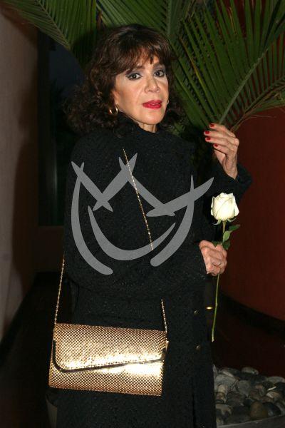 Renata Flores en RBD: La Familia