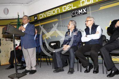 Armando Manzanero hace Duetos