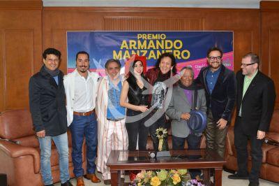 Armando Manzanero con Lora, Syntek y Chacho
