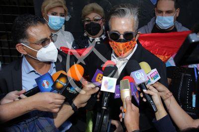 Fernando Carrillo denuncia calumnias en su contra