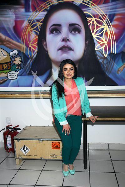 Violeta Isfel te invita sus Isfel-Burgers