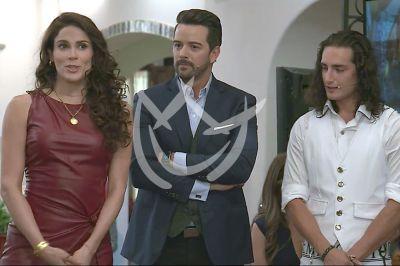 Mane, Eva y Emilio en Qué Le Pasa A Mi Familia