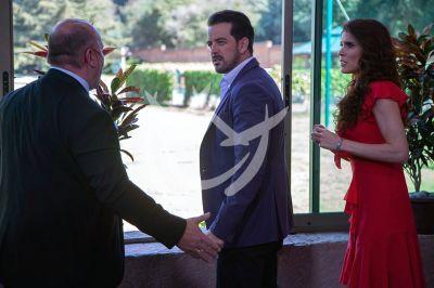 Mane, Eva y Raúl en Qué Le Pasa A Mi Familia