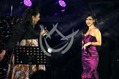 Susana y Regina de concierto
