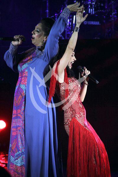 Susana Zabaleta y Regina Orozco de concierto
