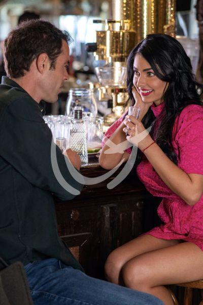 Claudia y Jaume en Fuego Ardiente