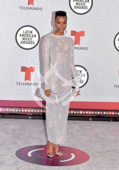Miss Universo en los Latin AMAs 2021