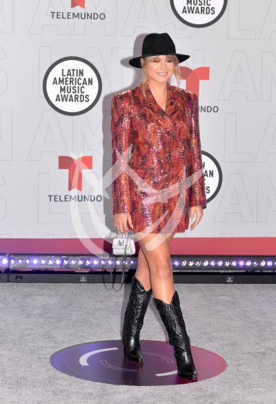 Sofía Reyes en los Latin AMAs 2021