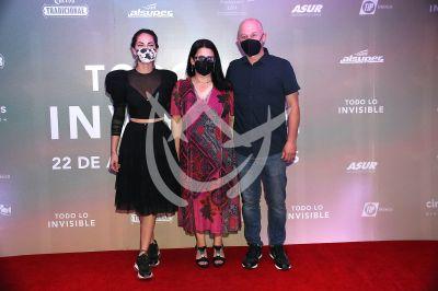 Bárbara Mori y Ari Brickman en Todo Lo Invisible