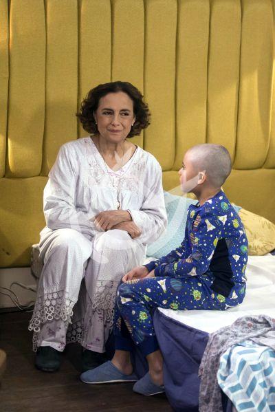 Diana Bracho en Qué Le Pasa A Mi Familia