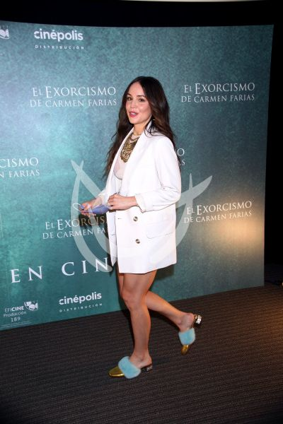 Camila Sodi en El Exorcismo De Carmen Farías