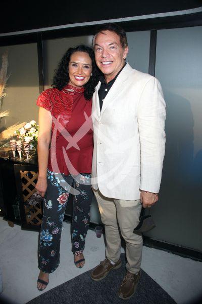 Mayra Rojas y Marcos Valdés a la clínica