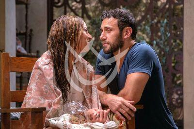 Mariana y Carlos en Fuego Ardiente