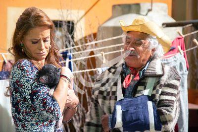 Wendy y Rafael en 'Qué Le Pasa A Mi Familia'