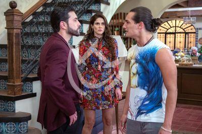 Eva, Fernando y Emilio en 'Qué Le Pasa A Mi Familia'