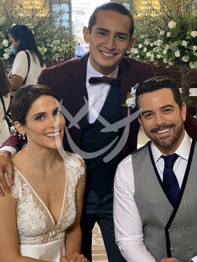 Mane, Eva y Emilio en \'Qué Le Pasa A Mi Familia\'