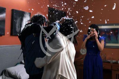 Kuno, Laura y Claudia en el final de Fuego Ardiente